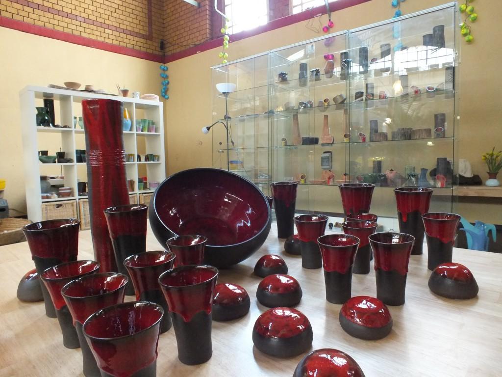 Becher, Vasen, Schüsseln